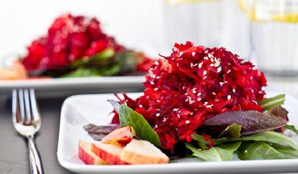 2 Супер рецепта салатів з буряка для фігури