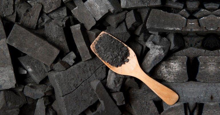 8 Корисних властивостей активованого вугілля для шкіри, похмілля і деінтоксікаціі