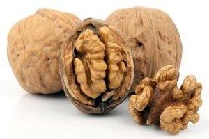 Волоські горіхи: користь чи шкода для організму?