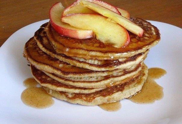 Яблучні оладки - смачний пп-перекус або повноцінний фітнес-сніданок!