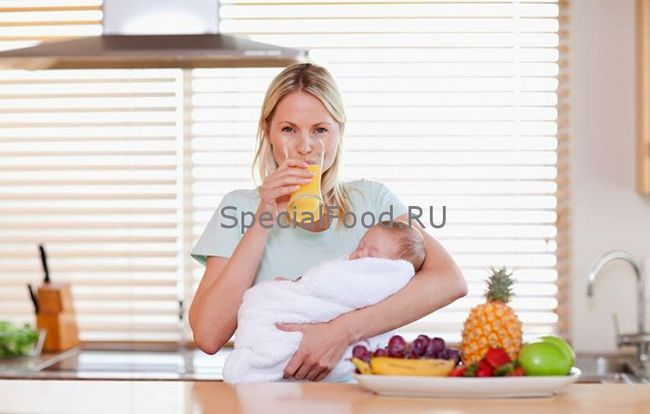 Як правильно харчуватися мамі, що годує, щоб у дитини не було кольок і не пучіло животик