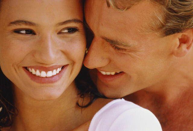 Як зберегти здоров`я ясен і зубів? Які вітаміни вибрати?