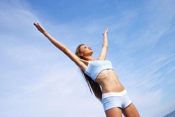 Легендарна гімнастика про яку ходять легенди! Роблячи її регулярно людина молодіє!