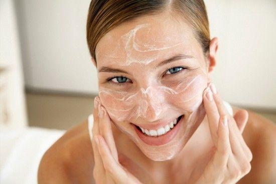 Для лікування жирної і проблемної шкіри обличчя в маски