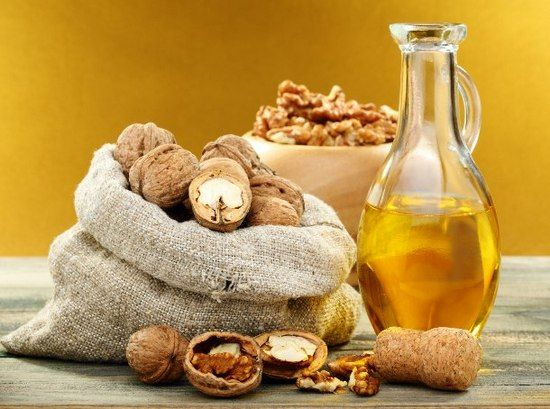 Масло волоського горіха: користь для здоров`я жінок і чоловіків