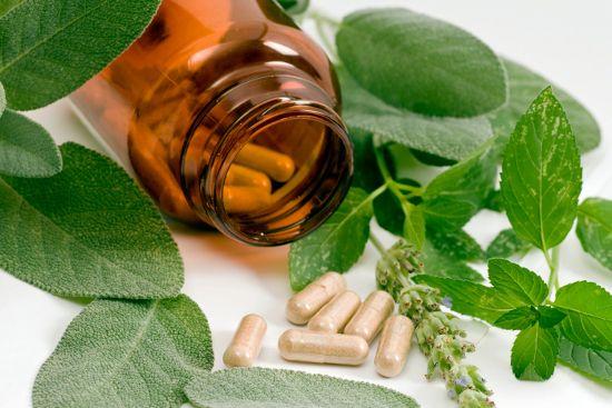 Народні засоби при клімаксі у жінок: лікування припливів, пітливості та інших неприємних симптомів менопаузи
