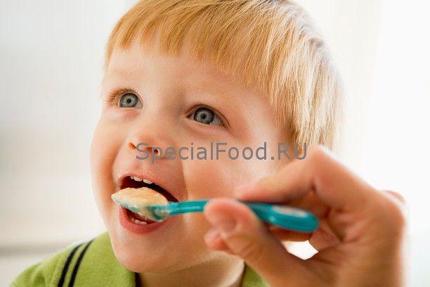 Харчування однорічної дитини - як змінюється раціон дітей після дванадцяти місяців