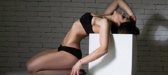 Вправи для плоского живота, тонкої талії і круглої попи!