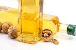 Користь і шкода натуральних рослинних масел: масло волоського горіха