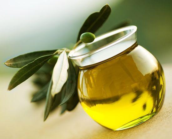 Користь оливкової олії натще. Чим корисно вранці починати день з цього продукту?