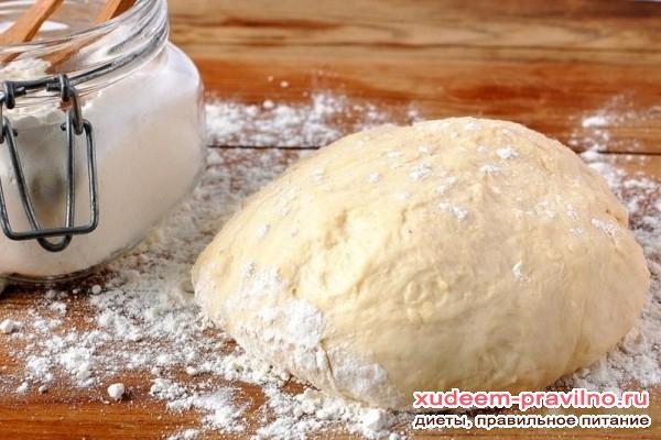 Пісний пиріг з капустою. Рецепт тіста на воді
