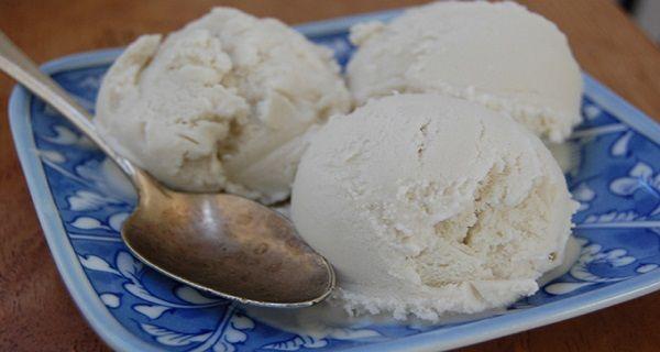 Найпростіший і здоровий рецепт кокосового морозива без цукру