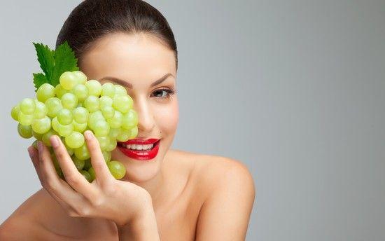 Виноград в догляді за обличчям - еліксир молодості. Рецепти масок з виноградного масла