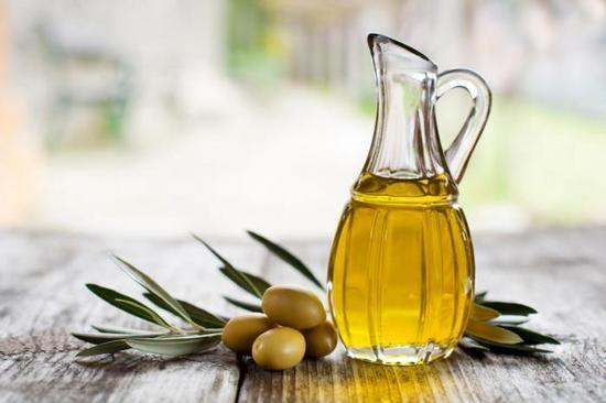 Шкода оливкової олії для печінки, для волосся, для організму в цілому